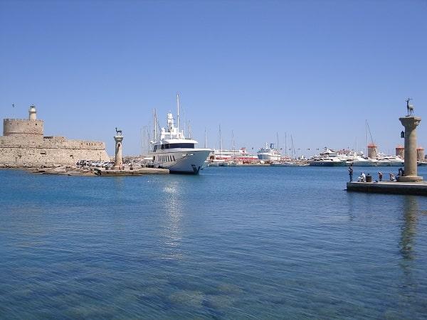 haven-rhodos-stad-informatie-bezienswaardigheden