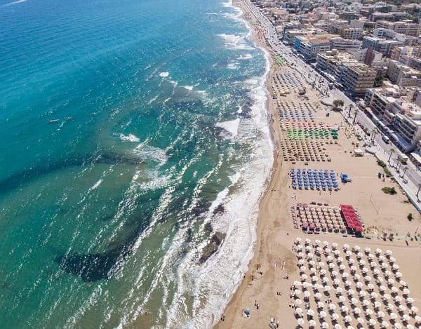 stranden-rethymnon-kreta-stad-vakantie