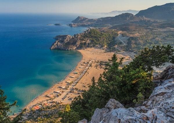 tsambika-strand-rhodos-vakantie-griekenland